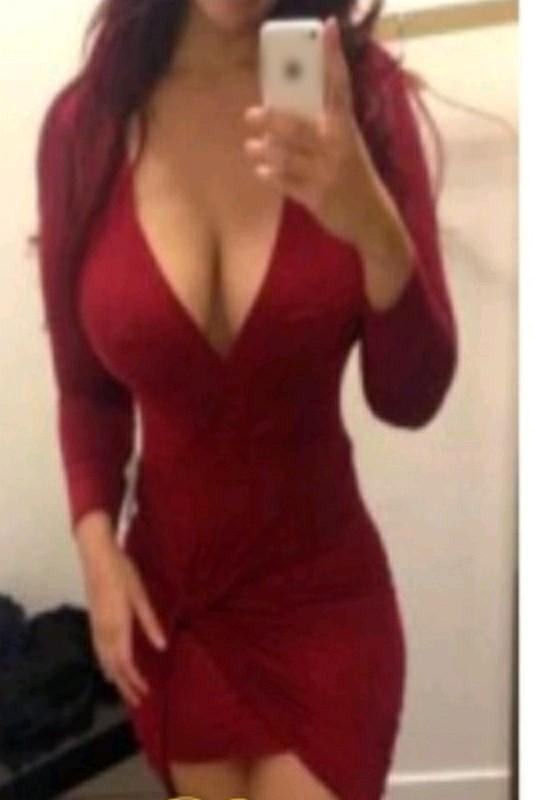 Shannon - Tall Busty English Escort In Liverpool Street